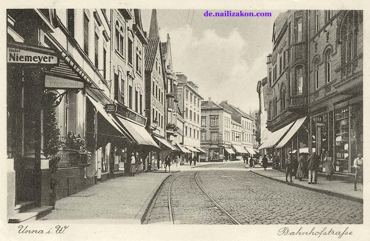 Unna. Bahnhofstraße mit Straßenbahnschienen